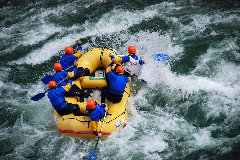 Banner-Rafting-